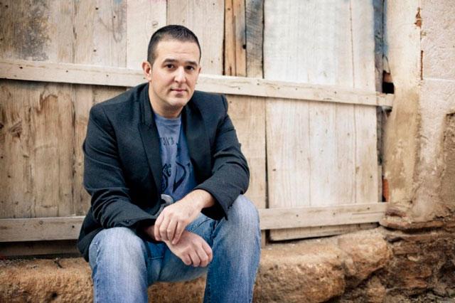 El escritor Jovi Lozano-Seser